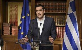 """Eduardo Lucita: """"Syriza tuvo una política contradictoria: planteó el 'No' al ajuste, pero si a seguir pagando ladeuda"""""""