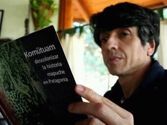 Adrian + libro